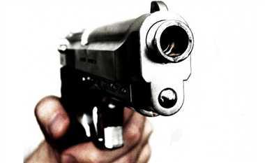 राह चलते लगी गोली, पुलिस नहीं बोली