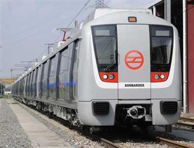 दिल्ली में दौड़ने लगी कानपुर मेट्रो की फाइल