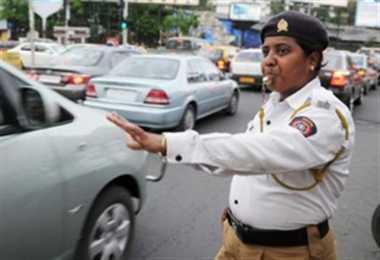 मोबाइल एप पर करिए ट्रैफिक पुलिस से बातें
