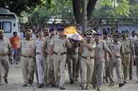 आईपीएस सुरेंद्र दास ने तोड़ा दम