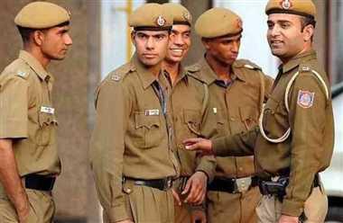 बाहुबली पूर्व सांसद धनंजय सिंह पर रंगदारी और धमकी की रिपोर्ट दर्ज