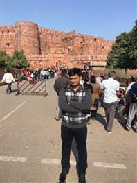 एसएसपी से गाइड ने कहा, 500 में घुमाऊं गा किला