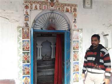 बिहार : मठ में सोए थे पुजारी, चोर ले गए अष्टधातु की कीमती मूर्तियां