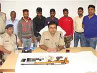 अपराध की योजना बनाते 5 गिरफ्तार