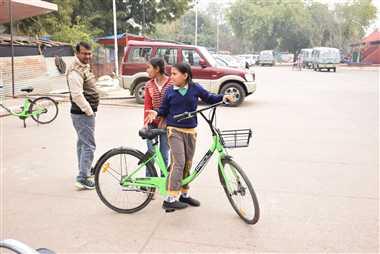पर्यटकों की साइकिल, बच्चों का खिलौना