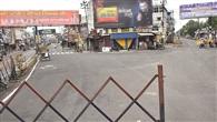 बाजारों पर सन्नाटा, सड़कों पर उतरे अफसर