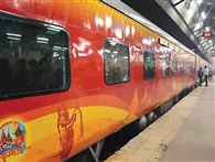 वंदे भारत का एसी फेल, एक घंटे देरी से चली ट्रेन