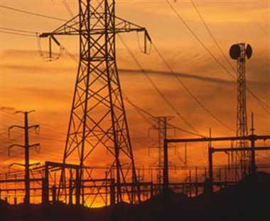 एक लाख आबादी दिनभर बिजली संकट से जूझी