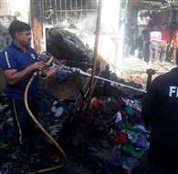 इंदिरा मार्केट में आग,  6 दुकानें खाक