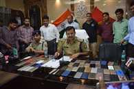 पुलिस ने बरामद किए 70 गुमशुदा मोबाइल फोन