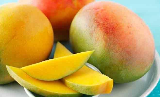 अगर खूबसूरत दिखना चाहती हैं तो खाइए यह 5 फल रोजाना