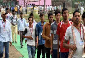 Live Jharkhand Election Result 2019:  झारखंड में 12 पर एनडीए, एक पर कांग्रेस और एक पर जेएमएम की जीत
