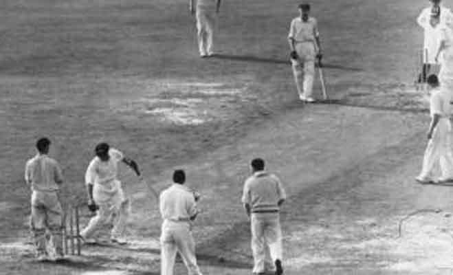 क्रिकेटर एरिक हॉलीज के बारे में जानें ये खास बातें,10 विकेट तो लिए लेकिन कभी हैट्रिक नहीं लगाई