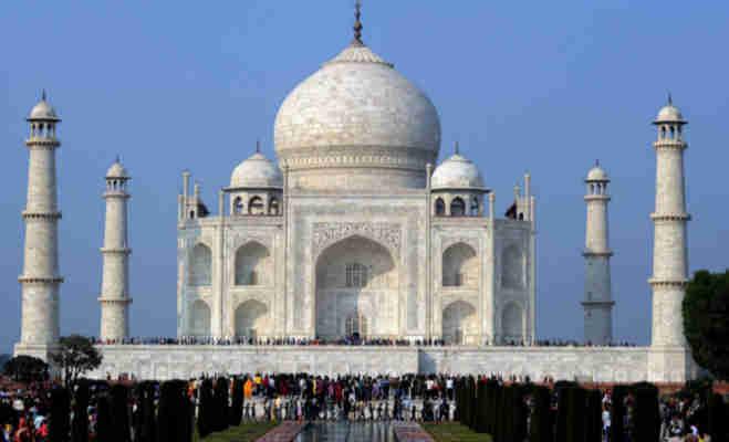 1 अप्रैल से ताजमहल निहारने पर लगेगी पाबंदी,सीमित समय में ही कर सकेंगे ताज का दीदार