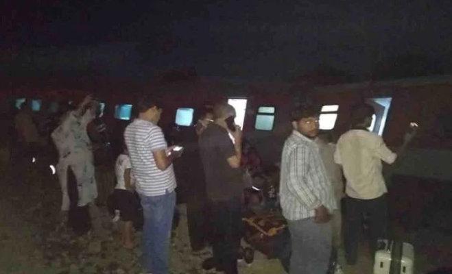 हावड़ा-नई दिल्ली पूर्वा एक्सप्रेस हादसा : कई ट्रेनें डाइवर्ट,रेलवे ने जारी किए हेल्पलाइन नंबर