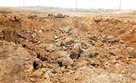 कोहरे में मिट्टी खोद रहे खनन माफिया