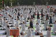 योग ने दुनिया को किया एक : राजनाथ