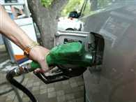 महंगा हुआ तेल, घर का बजट फेल