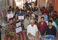 रेलवे के विकास में एलआईसी का बड़ा योगदान: मनोज सिन्हा