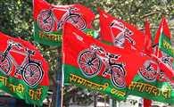 Lok Sabha Election Result 2019: एक साल में पंक्चर हुई साइकिल, फिर गोरखपुर में खिला कमल