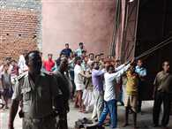 दम घटने से दो मजदूरों की मौत