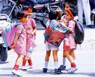 गर्मी से निपटने की सीख दे रहे स्कूल