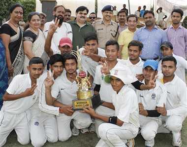करन ने जीता विवेक पांडे टूर्नामेंट