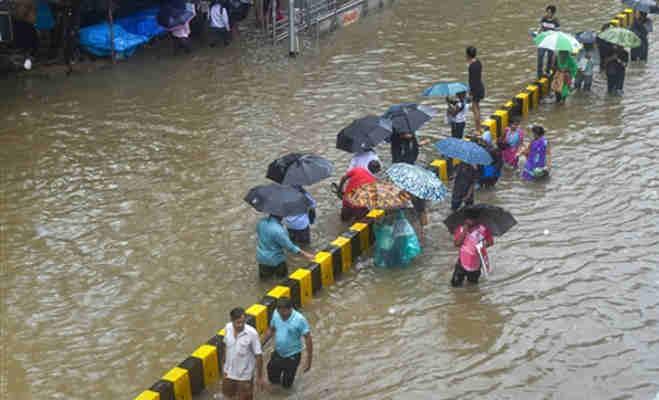 यूपी-दिल्ली का बुरा हाल,अगले दो दिन तक उत्तर भारत में यहां मूसलाधार बारिश के आसार