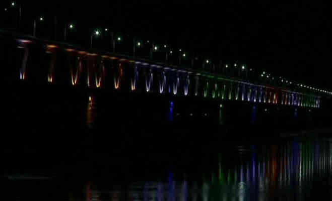 अटल जयंती पर पीएम मोदी ने किया बोगीबील ब्रिज का उद्घाटन,जानें एशिया के दूसरे सबसे लंबे रेल-सड़क पुल की खासियत