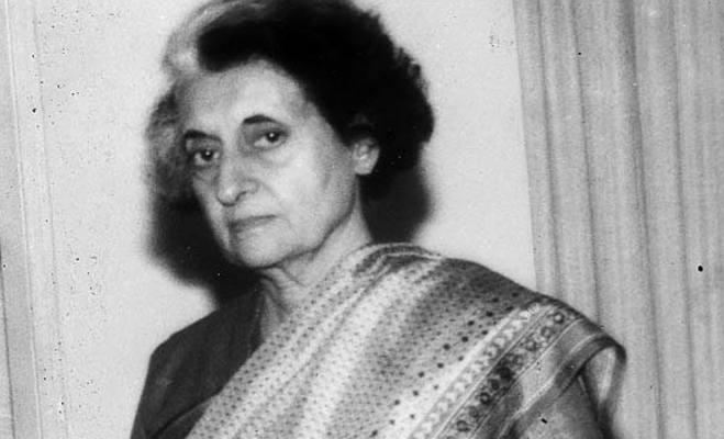 इमरजेंसी : आपातकाल लगाकर जब पीएम इंदिरा गांधी ने लिए मनमाने फैसले