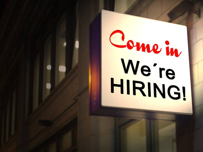job alert: aiims में 30 साल के इच्छुक बनें ऑफिसर,372 पद खाली