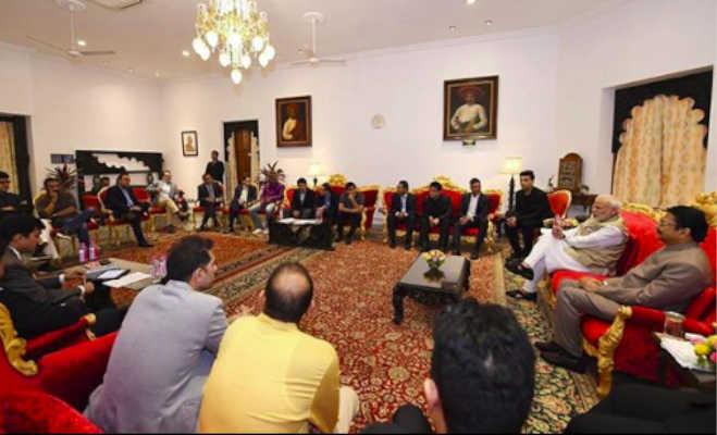 पीएम नरेंद्र मोदी से मिलने पहुंचे करण और अक्षय,दोनों ने प्रधानमंत्री को लेकर कही ये बातें
