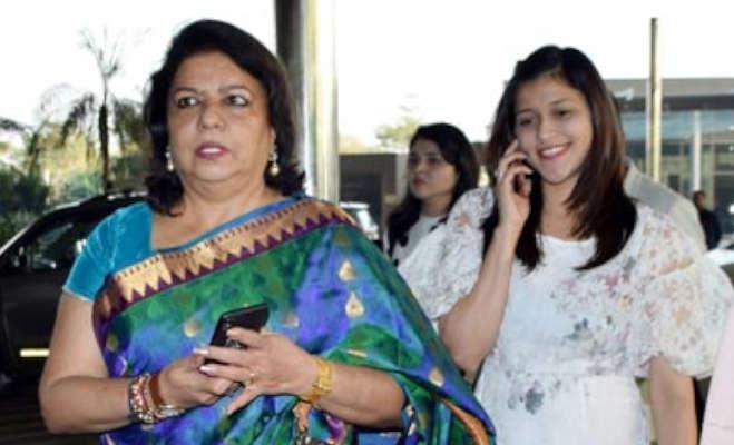 प्रियंका के निक को बरगला कर शादी करने की अफवाह पर भड़की मां मधु चोपड़ा,कह डाली ये बात