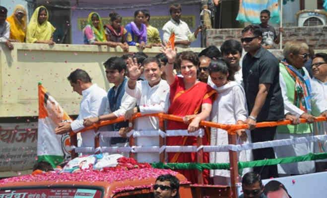 राहुल गांधी ने अमेठी में रोड शो के बाद भरा पर्चा,मां सोनिया-बहन प्रियंका संग माैजूद रहे जीजा वाड्रा