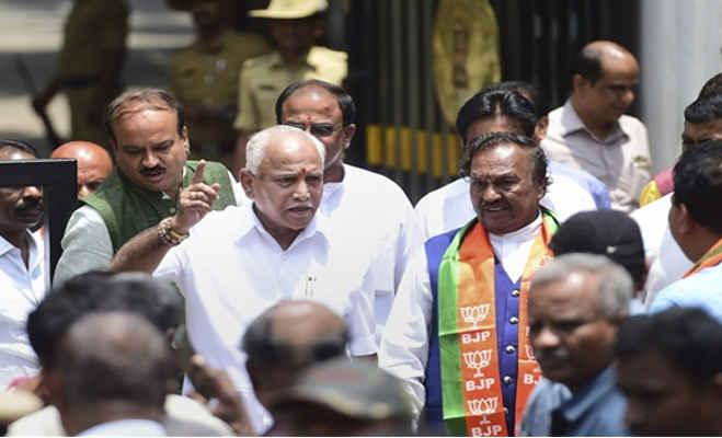 फिर कर्नाटक के cm बने येदियुरप्पा: कभी छोड़ दिया था बीजेपी का दामन,जानें अब तक का सफर