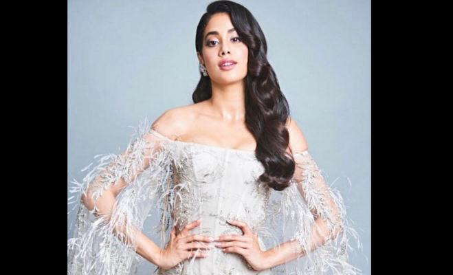 सारा अली खान से लेकर अंकिता लोखंडे तक 2018 में बॉलीवुड में इनका डेब्यू