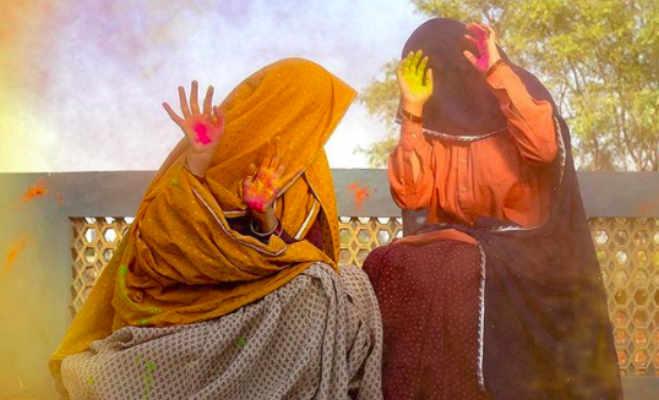 सलमान खान के बाद अब तापसी और भूमि भी हुईं बूढ़ी,'सांड की आंख' में एक्ट्रेस का फर्स्ट लुक जारी