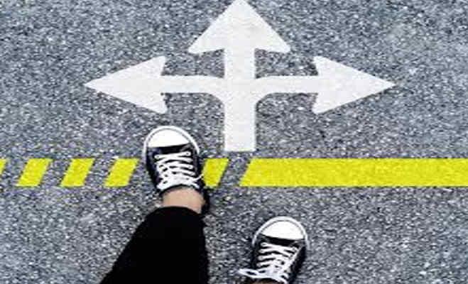 cbse दसवीं का रिजल्ट जारी : 10वीं के बाद स्ट्रीम सेलेक्शन,करियर की दिशा में बढ़ाएं अपना पहला कदम