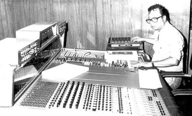 आरडी बर्मन को इस वजह से बुलाते थे पंचम,नौ साल की उम्र में कंपोज किया था पहला गाना