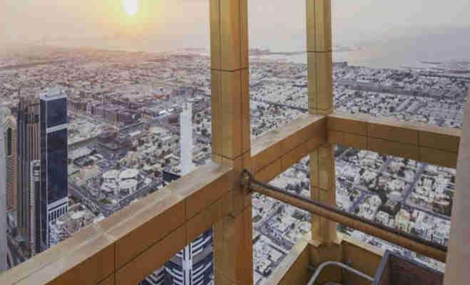 एफिल टॉवर हुआ छोटा,बेहद खूबसूरत है सोने के दरवाजों वाला दुनिया का सबसे ऊंचा होटल गेवोरा