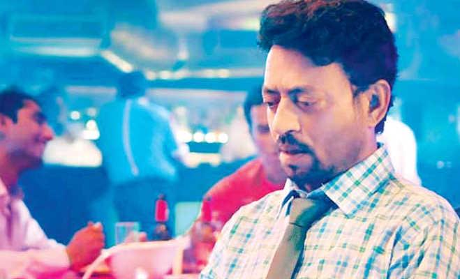 मूवी रिव्यू ब्लैकमेल: इस फिल्म को इरफान खान के लिए झेल सकते हैं