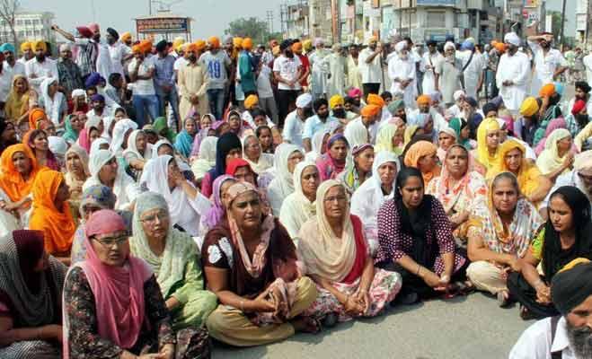 भारत के फिरोजपुर में पैदा हुए थे नवाज,उनकी गली के लोग कर रहे शराफत की अपील