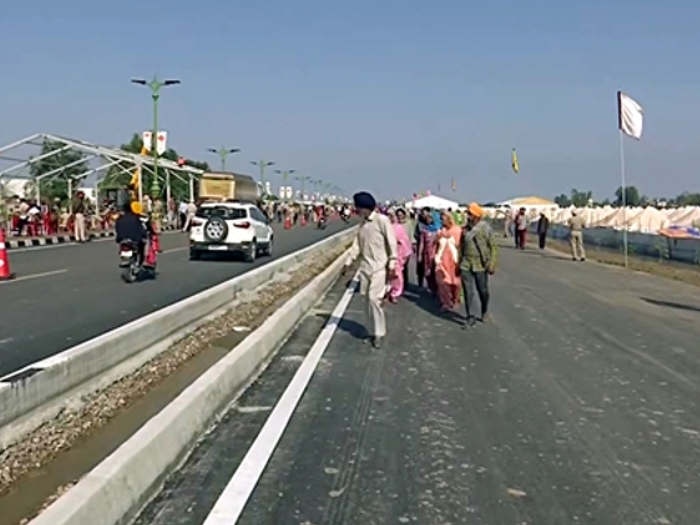 kartarpur corridor inauguration : पीएम मोदी ने करतारपुर कॉरिडोर के लिए पाक पीएम को दिया धन्यवाद,यहां पढ़ें उनका भाषण