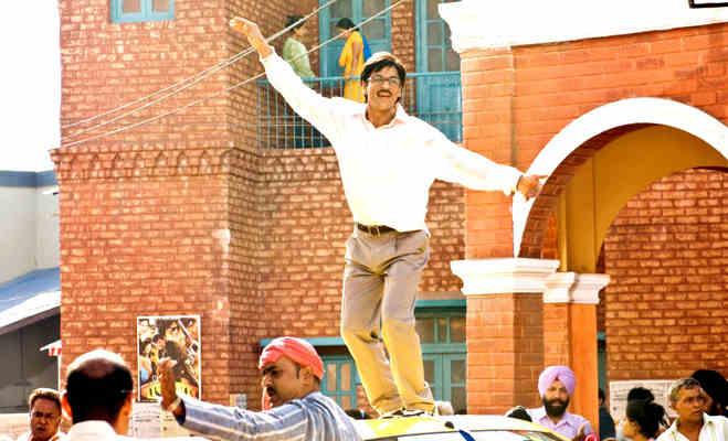 शाहरुख खान बर्थडे : 10 यादगार किरदार जिनसे वो बन गए बॉलीवुड के 'किंग खान'