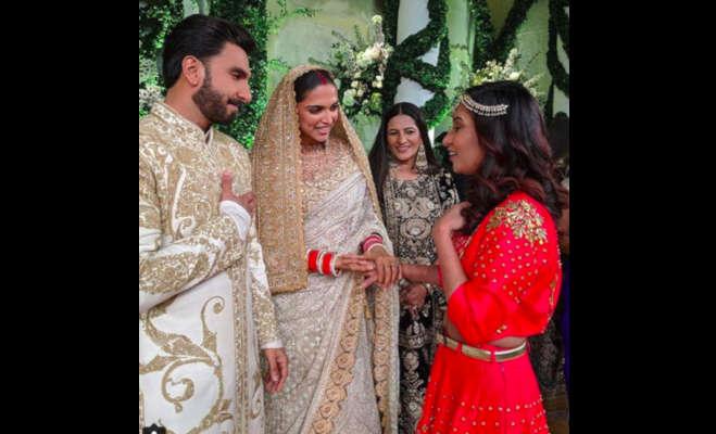 तस्वीरें: रिसेप्शन में रणवीर ने दीपिका से इस खास अंदाज में जताया प्यार,दिखे ये काम करते