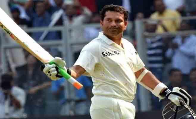 जब इन 5 भारतीय बल्लेबाजों ने 5 पाकिस्तानी गेंदबाजों के छुड़ा दिए छक्के