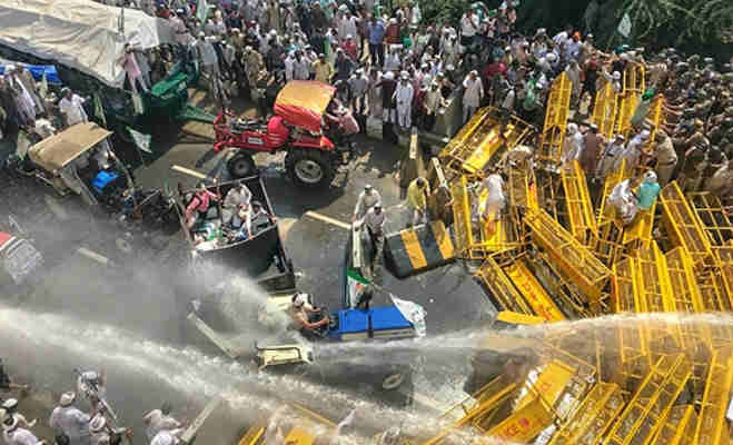 किसान क्रांति पदयात्रा : यूपी के नाराज किसानों को रोकने लिए दिल्ली पुलिस के छूट रहा पसीना