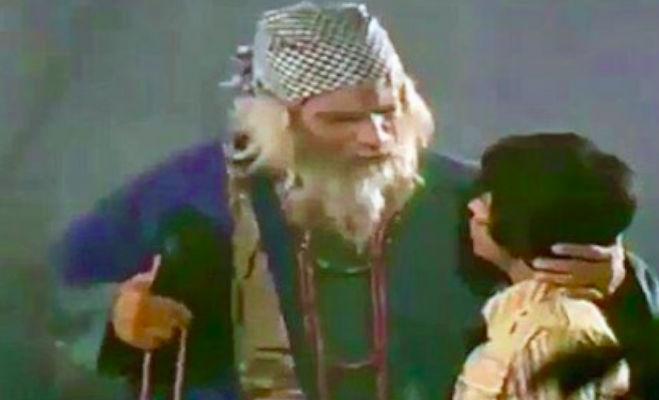 जब अमिताभ बोलने लगे थे कादर खान की जुबान आैर बन गए सुपरहिट स्टार