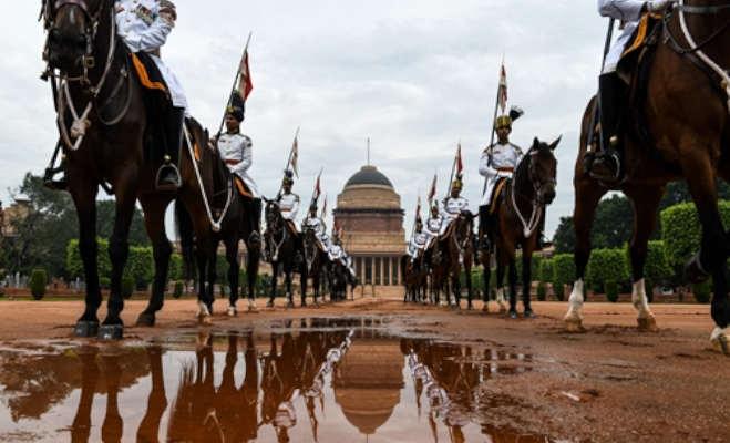 देखिए कैसे तैयार होते हैं राष्ट्रपति के अंगरक्षक,राष्ट्रपति भवन की अनदेखी तस्वीरें