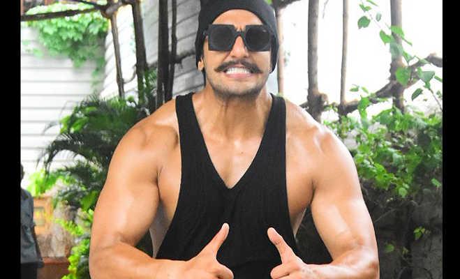 तस्वीरें : सिंबा के लिए पूरी तरह बदले रणवीर सिंह,बनाए डोले-शोले दिखाई जबरदस्त बॉडी